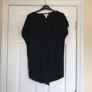 black loft short sleeve cardigan